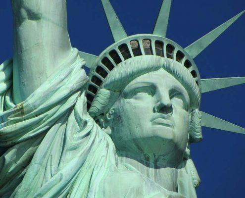 Nộp đơn xin visa Hoa Kỳ cần lưu ý điều gì?