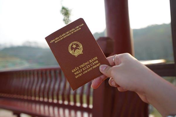 Giấy thông hành đi Trung Quốc