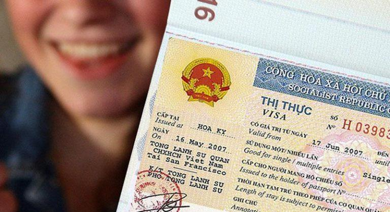 Thủ tục xin nhập cảnh cho nhà đầu tư nước ngoài tại Việt Nam